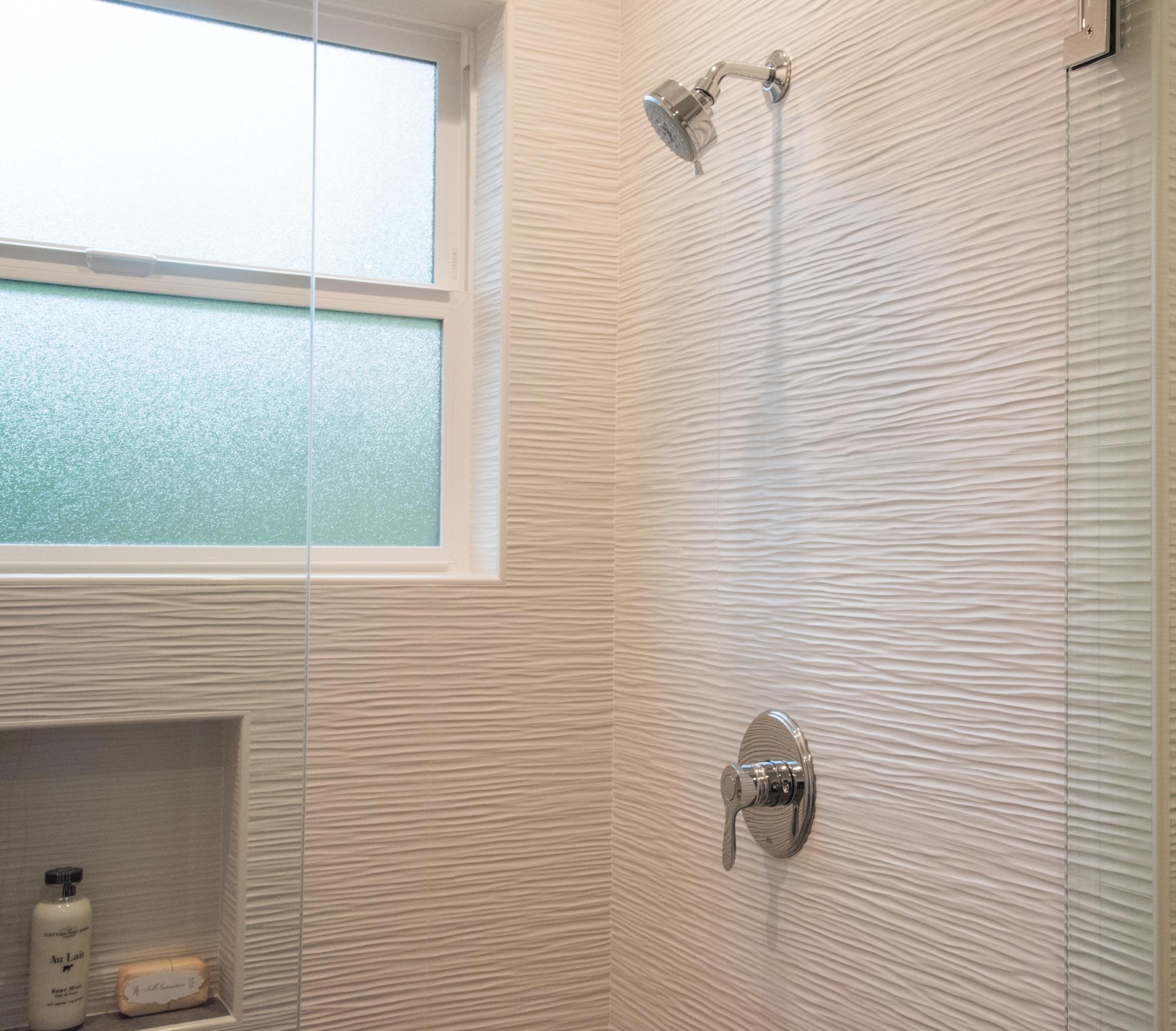 Atlas Concorde Arty Ceramic Wall Tile Wave